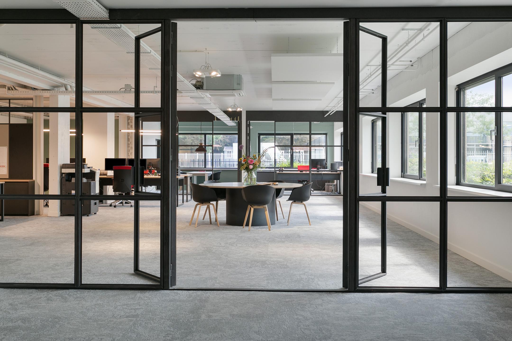 Kantoor Den Bosch Graaf van Solmsweg 111 'sHertogenbosch Kek interieurbouw